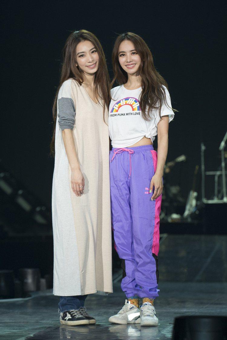 蔡依林(右)邀請田馥甄擔任嘉賓,彩排時反覆對Key。圖/凌時差提供