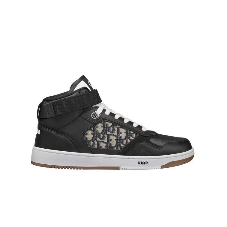 B27黑色光滑小牛皮與DIOR Oblique緹花中筒休閒鞋,37,000元。圖...