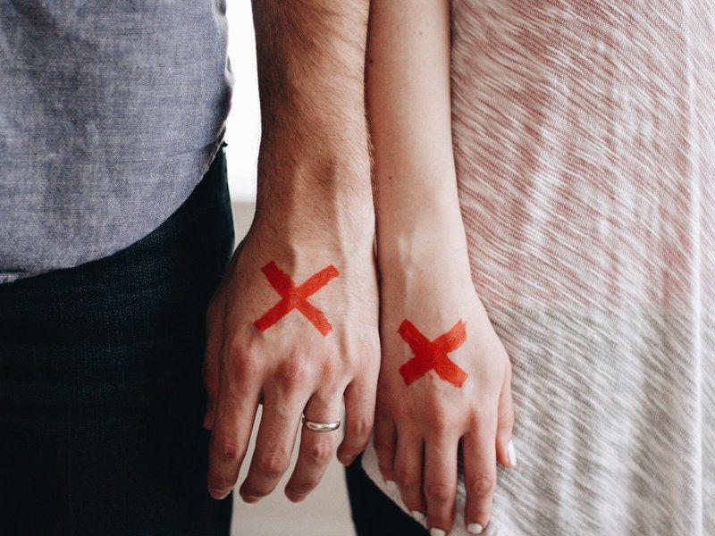 人妻讓老公吃了11年軟飯,最後終於受不了想求離婚,婆婆一句話冷回讓她很傻眼。 圖/pixabay