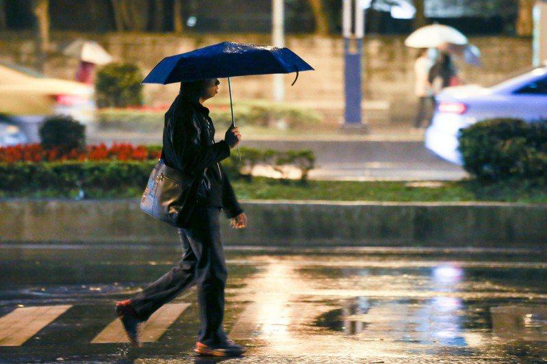 中央氣象局說,未來一周都受到東北季風影響,其中又以29日晚間到30日清晨最冷。本報資料照片