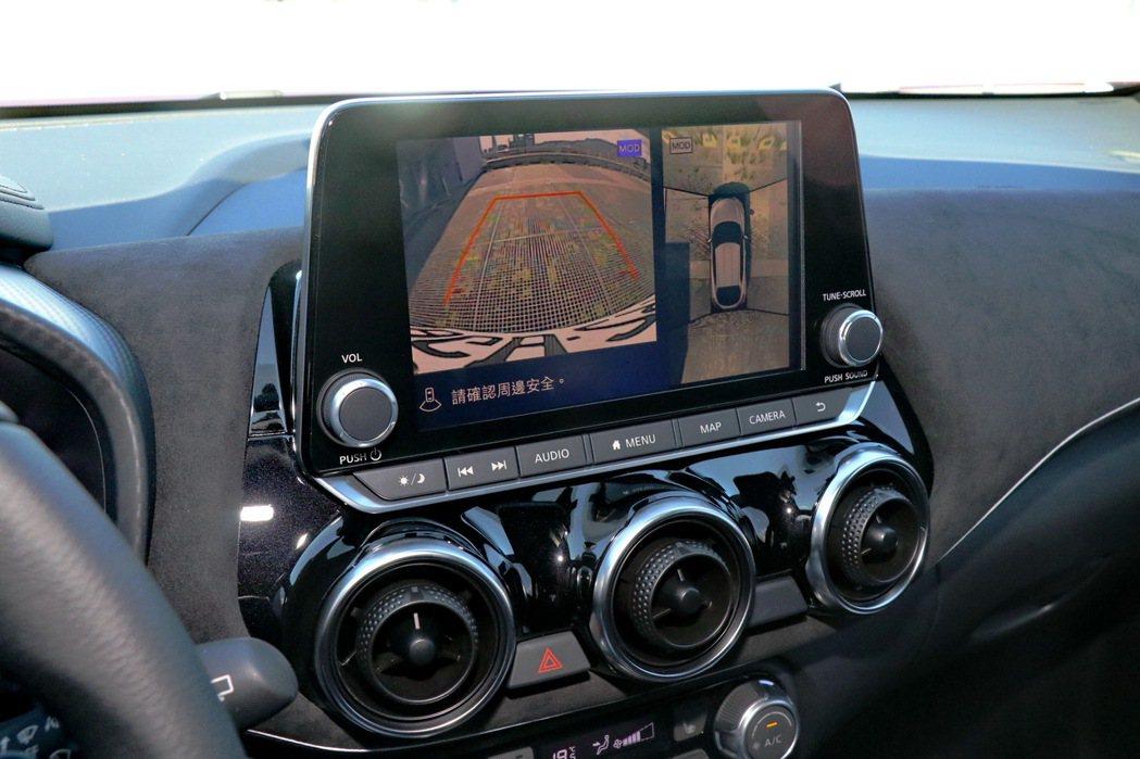 AVM 360度環景影像監控及MOD移動物體偵測系統。 記者陳威任/攝影