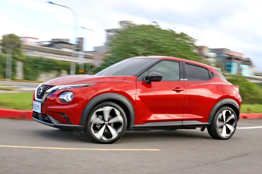 Nissan Juke擁有不俗的駕馭樂趣。 記者陳威任/攝影