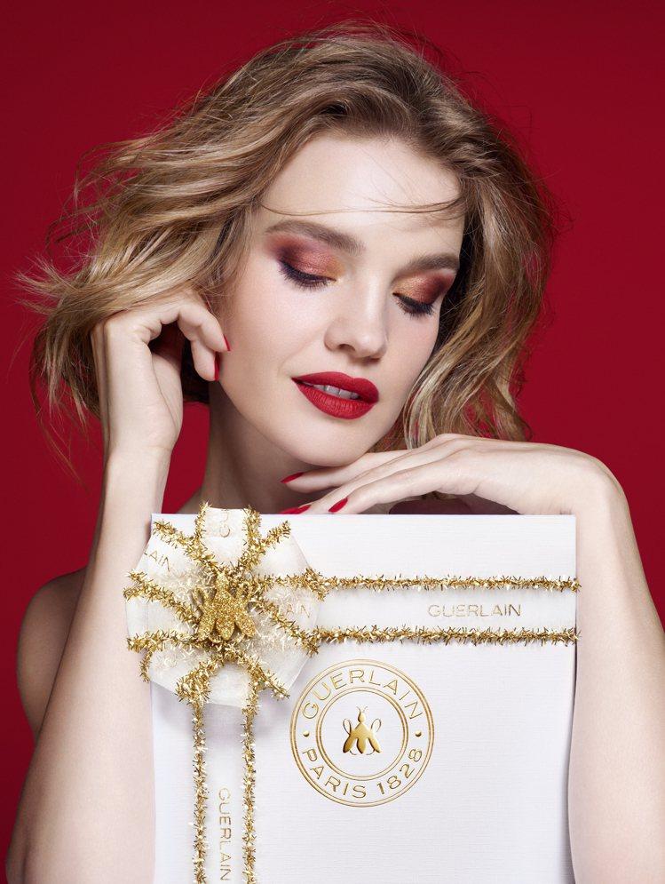 嬌蘭推出耶誕限定禮盒。圖/嬌蘭提供
