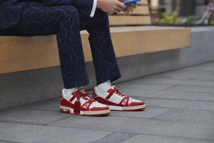 LV Trainer I (RED)運動鞋,39,300元。圖/LV提供