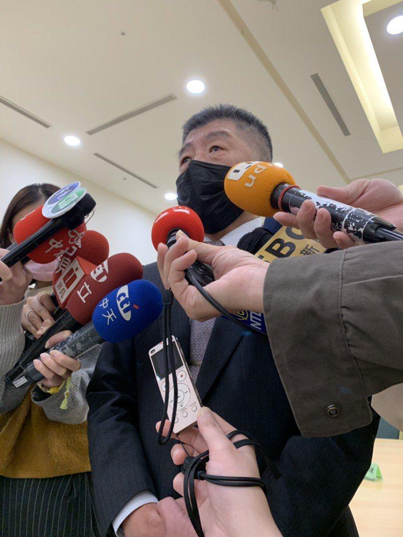 衛福部長陳時中今出席身障楷模表揚典禮,他表示,美國是採「自主性」標示,而非法律強制標示,不過他相信台灣市場最後交易會走上自主性標示這條路。記者陳雨鑫/攝影
