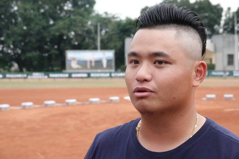 旅美投手胡智為今天出席徐生明盃少棒賽。記者蘇志畬/攝影