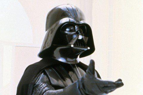 Bowington Management的Twitter宣布,在星際大戰(Star Wars)中飾演第一代黑武士的David Prowse過世,享壽85歲。黑武士(Darth Vader)是星際大戰...