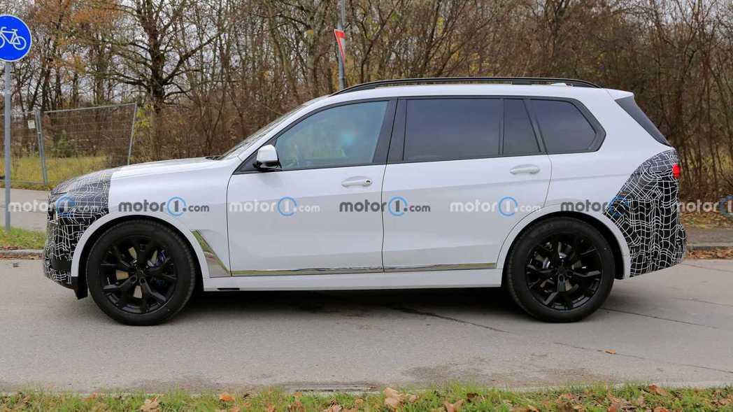 小改款BMW X7測試車。 摘自Motor1