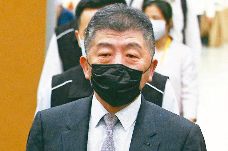 衛福部長陳時中表示,因應民眾需求,他相信台灣市場最後將走向自主標示。記者葉信菉/攝影