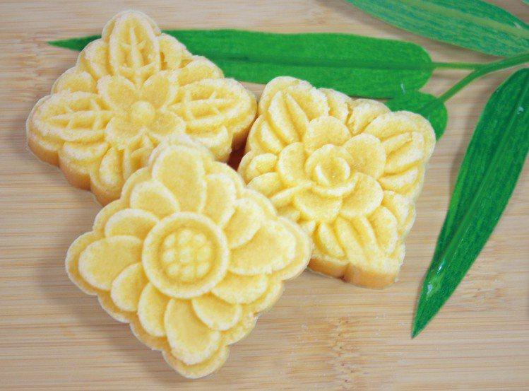 「kiwakukeki木框蛋糕」乳酪雪花糕。圖/板橋大遠百提供