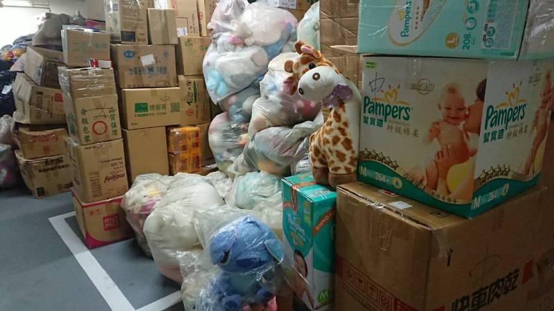 絨毛玩偶造型可愛,很多民眾捨不得丟棄,希望捐出後,有新主人喜愛它們。記者簡慧珍/攝影