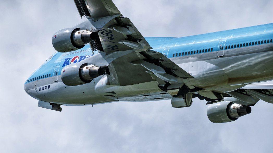 這次由南韓政府主導的重組計劃,有對症下藥的考慮,希望未來能將航空業的經營環境合理...