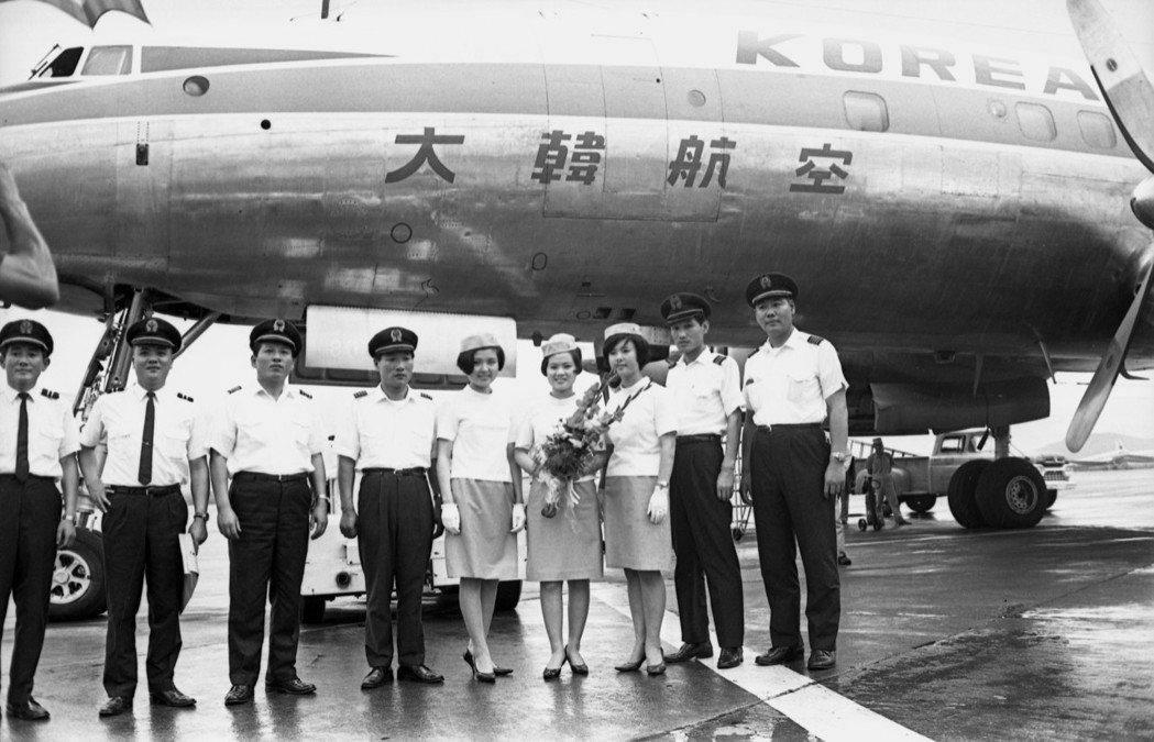 1967年南韓「大韓航空公司」正式開闢漢城─台北─香港之國際航線,圖為「超級星座...