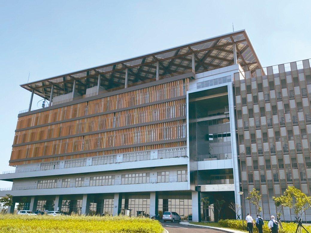 綠能科技聯合研究中心大樓外觀。 台灣住友商事公司/提供