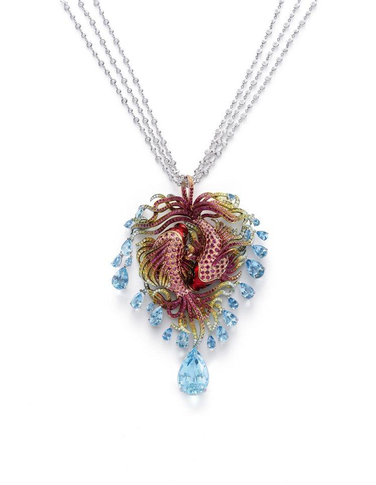 蕭邦紅地毯系列錦鯉項鍊,獲公平採礦認證之18K白金鑲嵌紅寶石、彩色剛玉、海藍寶石...