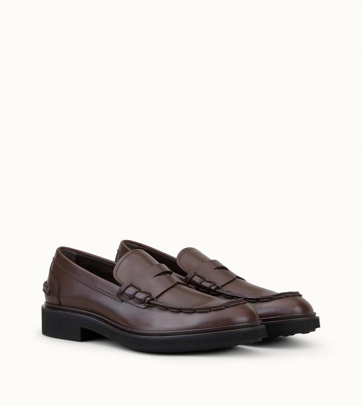 TOD'S Clint樂福鞋。圖/迪生提供