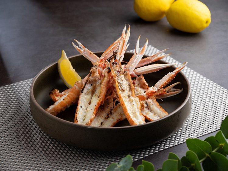 北大西洋海螯蝦。圖/美福乾式熟成牛排館提供。