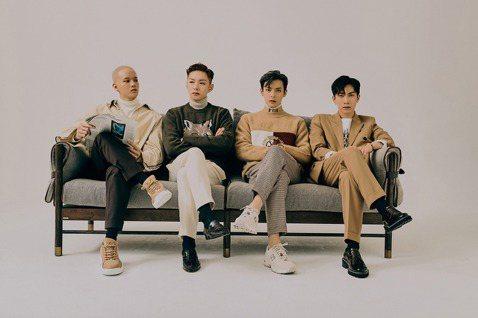 韓國男團BTOB推出小分隊「BTOB 4U」一鳴驚人!他們日前推出首支單曲「Show Your Love」不但登上SBS「The Show 5」的11月第四週冠軍,音樂錄影帶上線兩週,瀏覽次數衝破2...