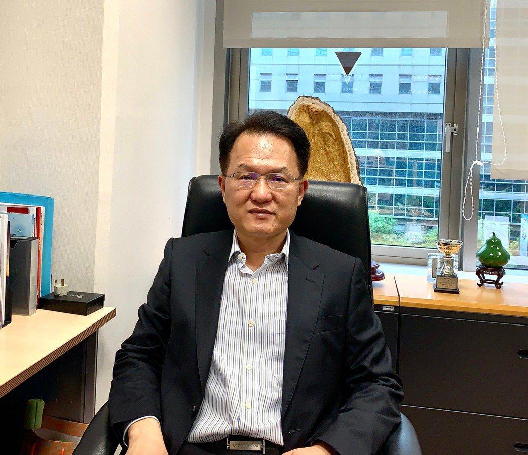 Telstra 台灣區業務總經理蔡明志指出:「從 1M 到 10G,使用多少的時...