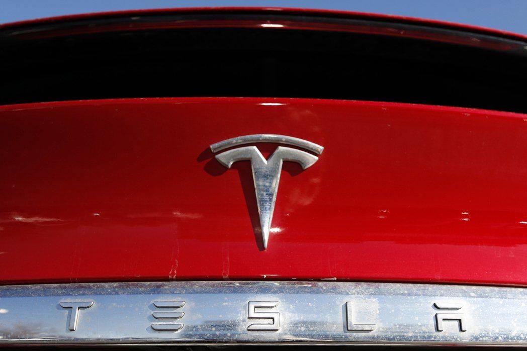 電動車大廠特斯拉將在12月21日一次全納入標普500指數。(美聯社)