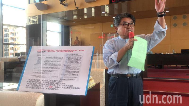 台中議員李中建議恢復BRT,市長盧秀燕說,BRT回不去了。記者陳秋雲/攝影