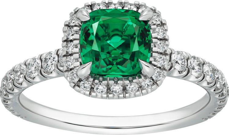 Cartier Destinée祖母綠戒指,67萬5,000元起。圖/卡地亞提...