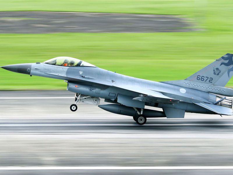 蔣正志上17日校駕駛F-16戰機起飛執行例行性夜航訓練任務後失蹤。圖/聯合報系資料照片