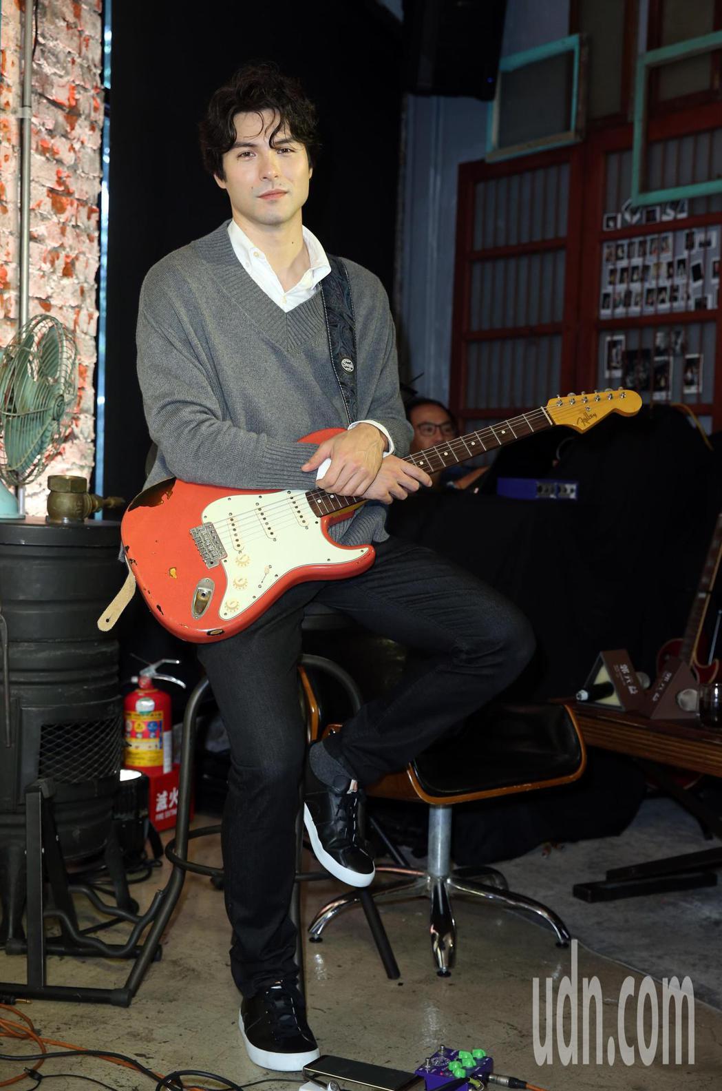 鳳小岳出席郭元益『小樂曲』音樂糕餅禮盒發表會。記者曾吉松/攝影