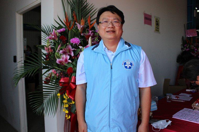彰化人力仲介業者黃瑞強呼籲政府加快腳步媒合其他國家的移工來台。記者林敬家/攝影