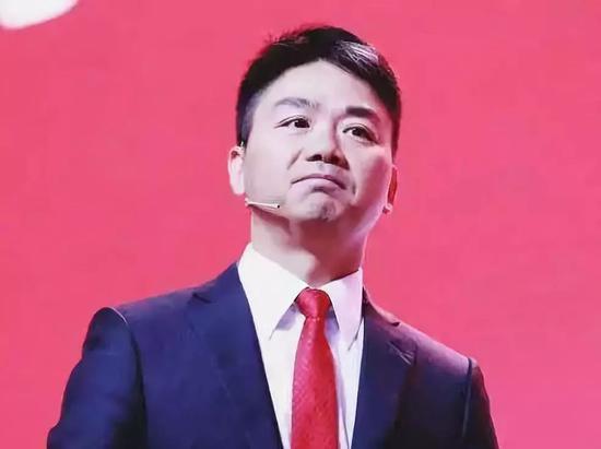 京東創辦人劉強東,今年仍延續卸任的步伐。(圖/取自新京報)
