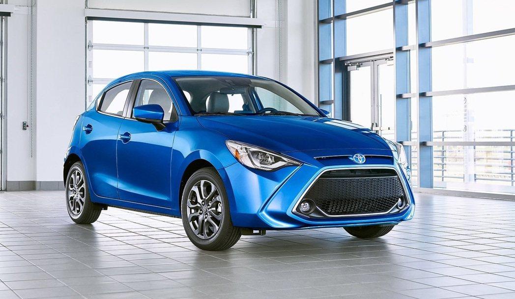 美規的Toyota Yaris就是一輛貼牌的Mazda 2。 摘自Toyota、...