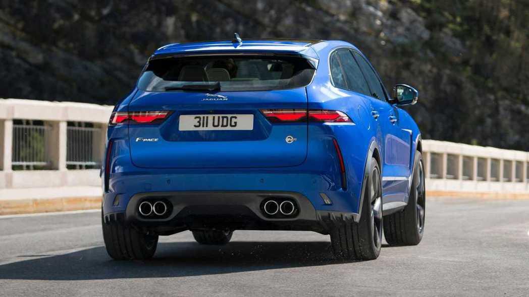 0-100km/h加速僅需4秒,極速來到286km/h。。 圖/Jaguar提供