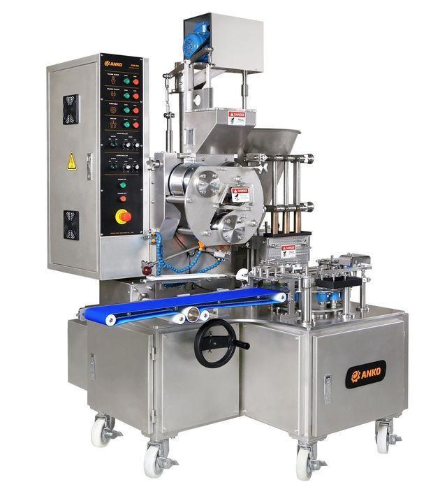 安口食品機械公司推出全自動三聯式燒賣機(HSM-900)。 安口/提供