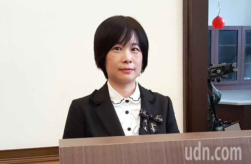 台灣高等法院刑事庭發言人黃玉婷指出,性侵害的被害人遭侵害後,對外表現本就因人而異...