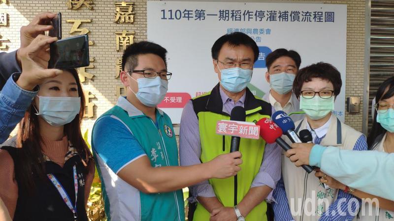 對於國產豬標章疑慮,農委會主委陳吉仲再度說明。記者謝進盛/攝影