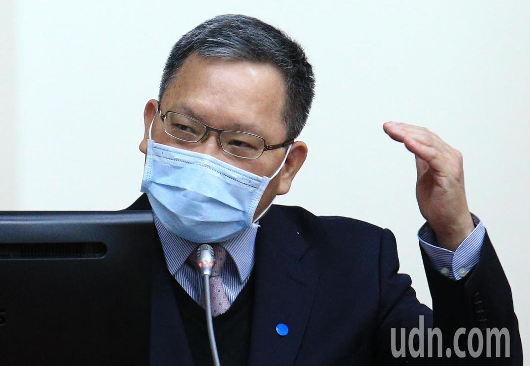 財政部長蘇建榮在上午在立法院答詢時表示,為了讓房市合理化,現在財政部與內政部配合...