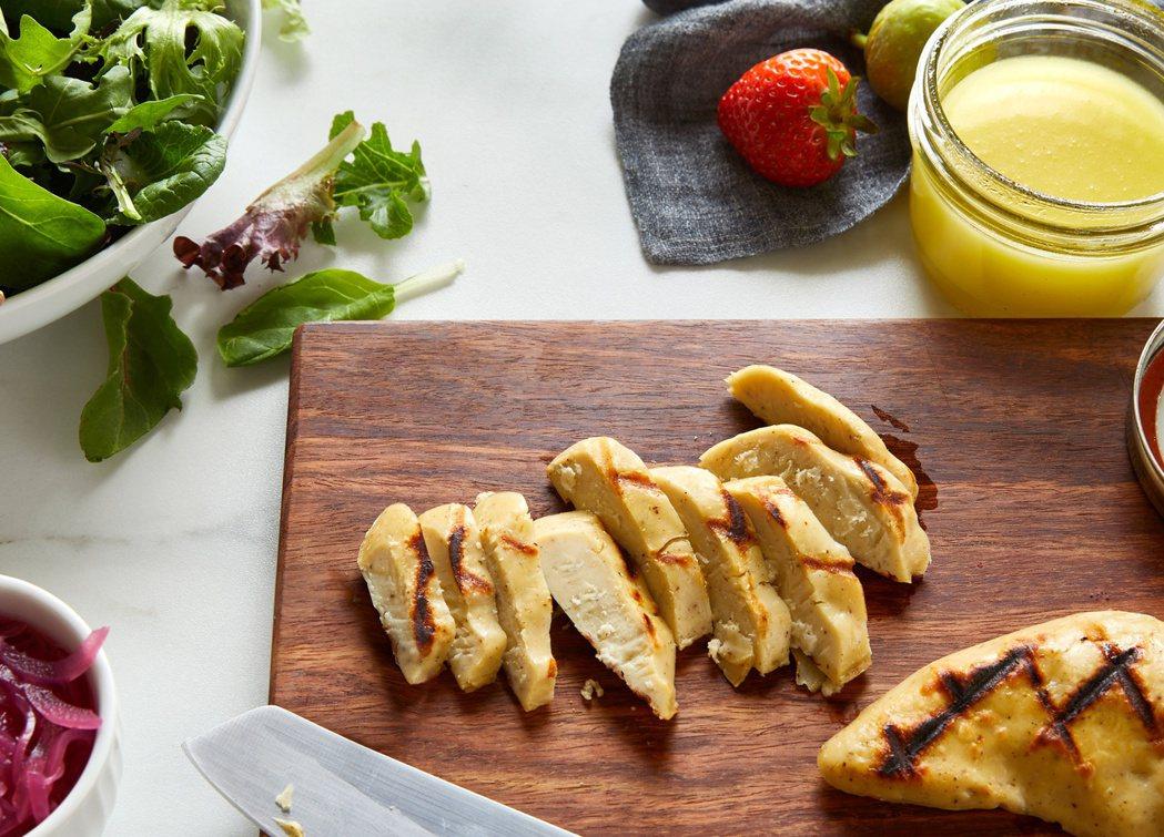 新創事業Eat Just自實驗室培養出來的雞肉,獲新加坡食品局核准。路透