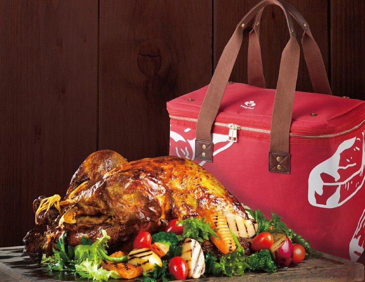 聖誕節歡樂澎湃火雞派對組。圖/美福乾式熟成牛排館提供。