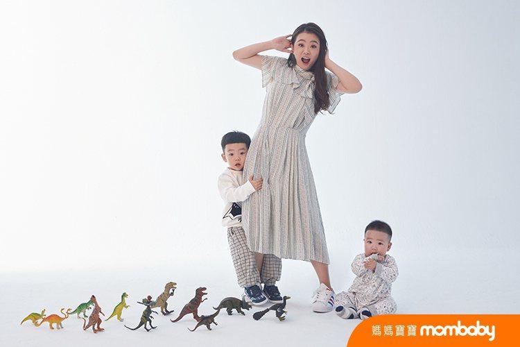 二伯與兩個兒子。圖/媽媽寶寶提供
