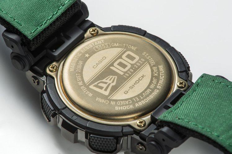 GM-110NE-1A腕表金色背蓋,也設計成歡慶品牌創立的100周年紀念的樣式。