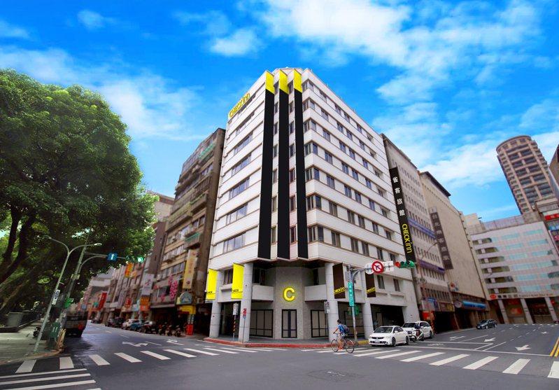 雀客旅館台北站前於今年11月開幕,12就投身防疫旅館行列。圖/雀客旅館提供