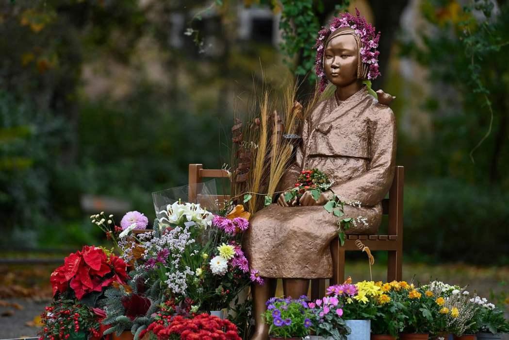 設置在德國柏林的少女像被視為和平的象徵。法新社