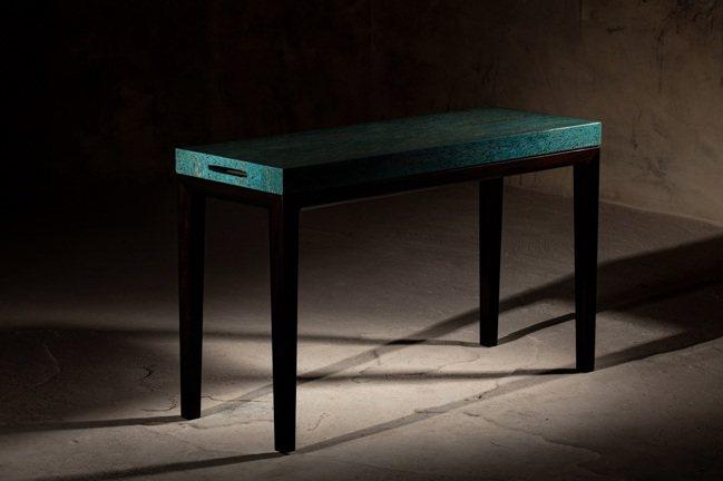 「無念」贊直琴桌系列,陳仁毅設計,成交價62萬7,500元。圖/ 邦瀚斯提供