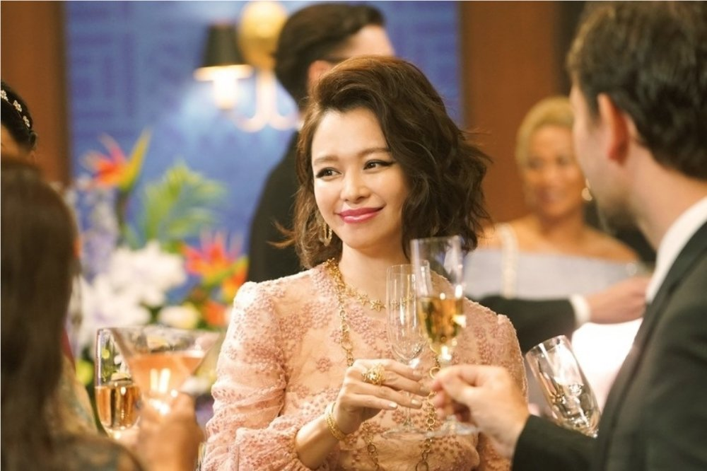 徐若瑄重返日本影壇,特別演出「信用詐欺師JP:公主篇」。圖/海樂提供