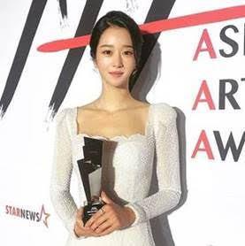 徐睿知配戴Chaumet珠寶出席2020 Asia Artist Awards。...