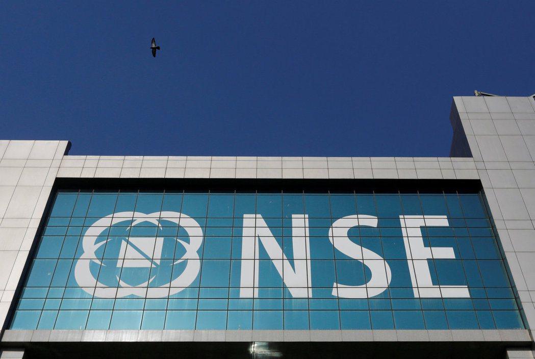 印度股市今年來已經創新高十次,專家看好中長期來看具備投資優勢,建議留意相關投資契...