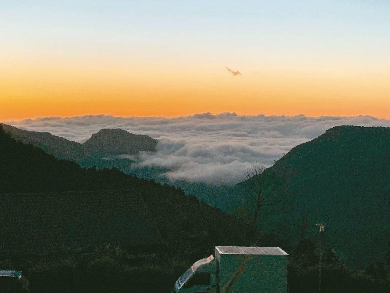 太平山莊景觀平台可看日出雲海 圖/羅東林管處提供