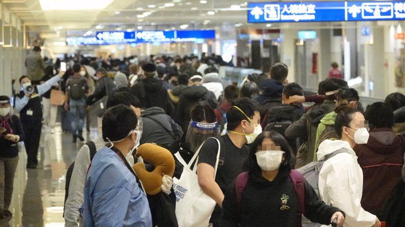 圖為之前旅客搭機入境示意圖,非新聞當事人。記者陳嘉寧攝影/報系資料照