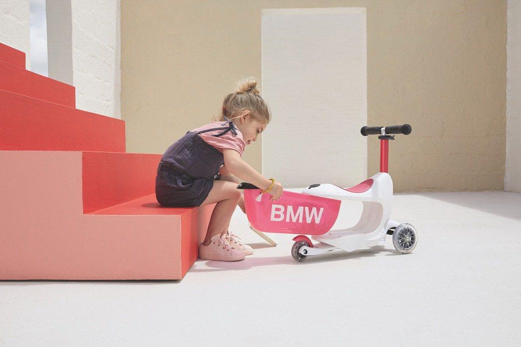 兒童聖誕送禮首選BMW兒童滑板車。 圖/汎德提供