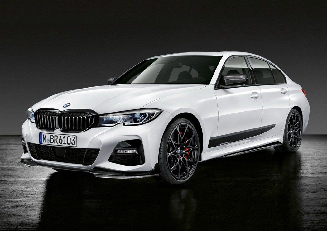 購買指定車型M Performance水箱護罩享M Performance尾翼加...